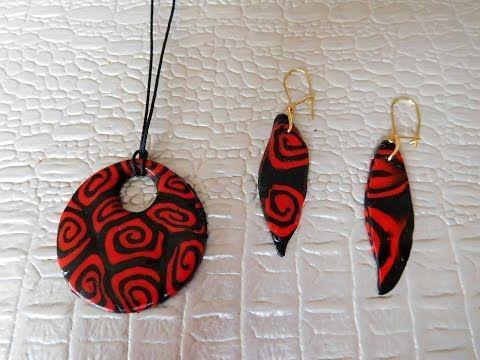 Fabriquer Des Bijoux En Relief Youtube Polymer Clay Jewelry Polymer Clay Crafts Polymer Clay Necklace