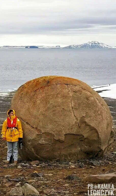 The Mysterious Giant Stone Spheres of Franz Josef Land: Ancient round stone spheres ranging in size from that of a coin to as large as 3 meters high dot the landscape creating a scene like something out of a science fiction movie! It's a sight that baffles the eyes & the mind. Could these stone spheres have been produced by an ancient civilization? If so, why? #Arctic #Russia