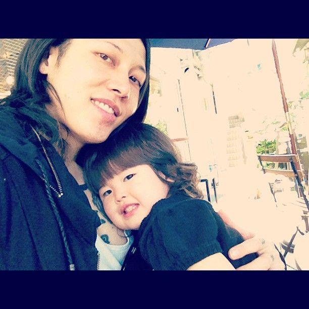 Miyavi And Melody Meeting For The First Time Family Photos Otaku