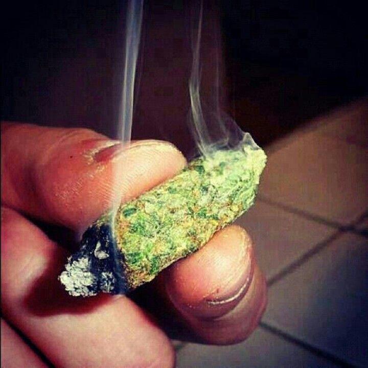 Smoking Like A Blunt
