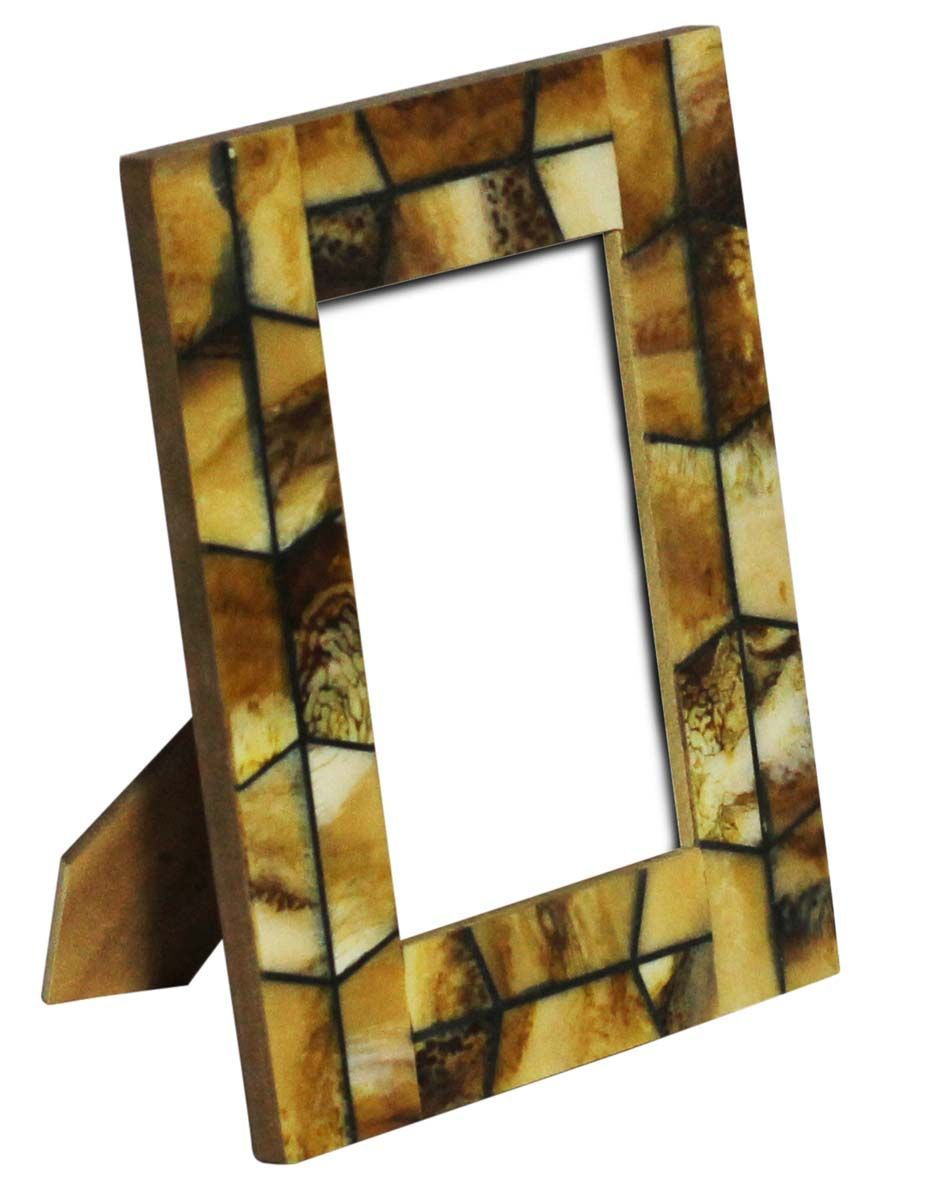 Unique and cool picture frame designs. Here are many inspirations of ...