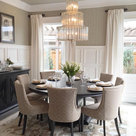 Round Formal Dining Room Tables: 13 Elegant Dining Room With Grey Walls And White