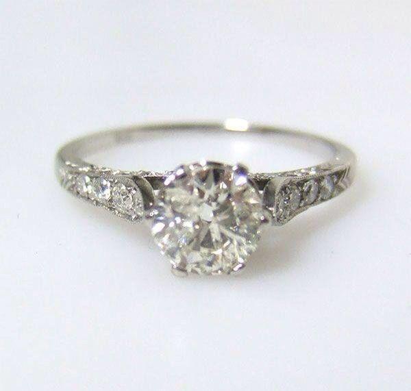 vintage ring grandma 39 s costume ring pinterest bague fiancaille bijoux et alliance. Black Bedroom Furniture Sets. Home Design Ideas