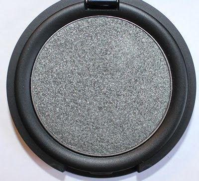 Kat Von D Metal Crush Eyeshadow in Black No. 1