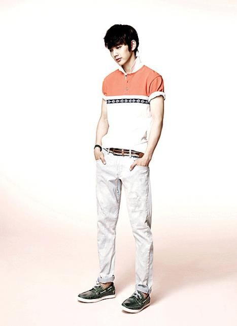 Yoo seung ho for gbyguess yoo seung ho pinterest yoo seung ho g by guess has released more photos of iu and yoo seung ho modeling its 2012 summer line jump here to view their other recently unveiled summer ads altavistaventures Images