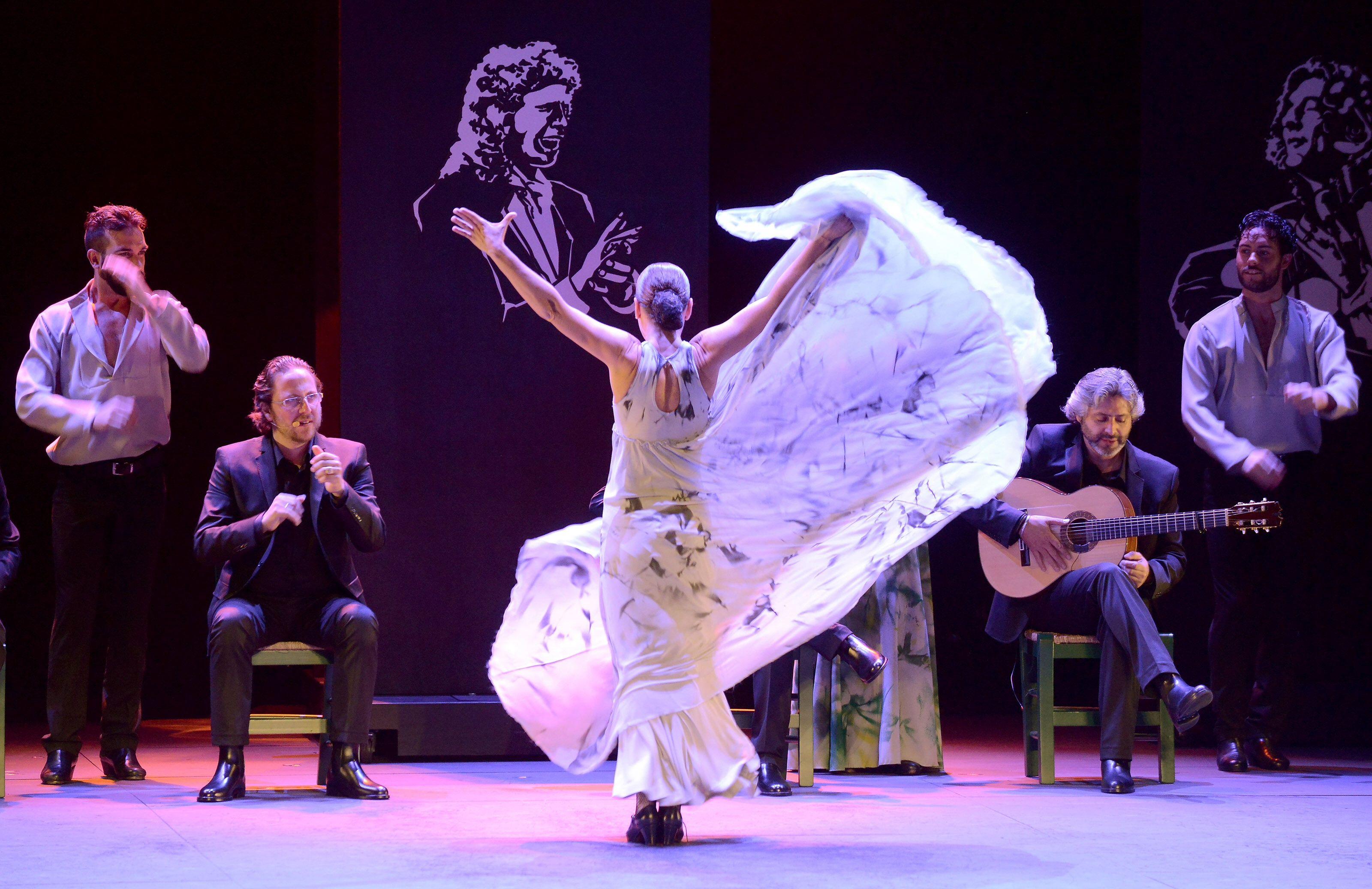 Voces, suite flamenca - Sara Baras (danseuse) - Sara Baras Grupo ...