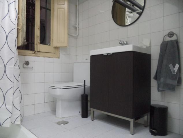 lavabo con armario de ikea en madrid vibbo