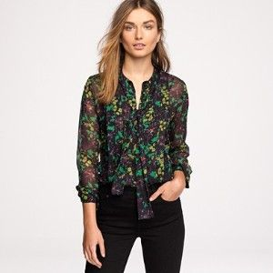 Beautiful floral bow blouse.