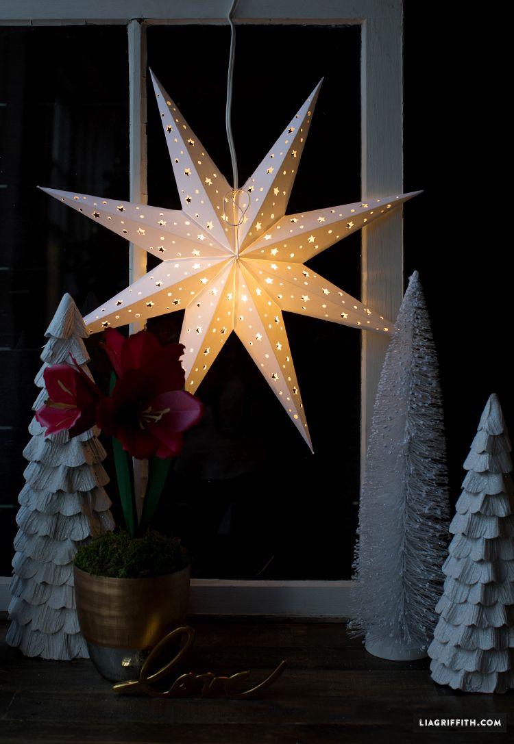 Diy paper star window decoration paper stars diy paper for Diy paper stars
