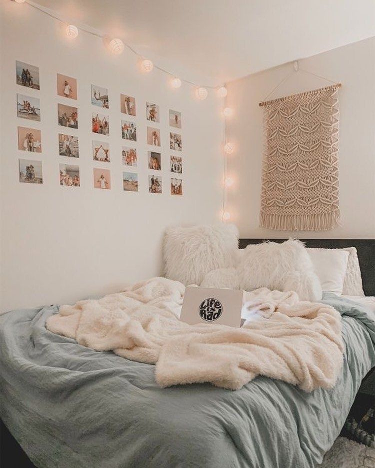 "College Rooms on Instagram: ""Globe Lights from @tapestrygirls . . . . #dormroom #apartmentinspo #apartmentideas #roomideas #roominspo #roomdecor #bedroomdecor…"""