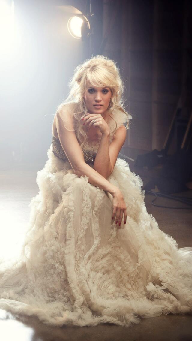 Best 25 Carrie Underwood Biography Ideas On Pinterest