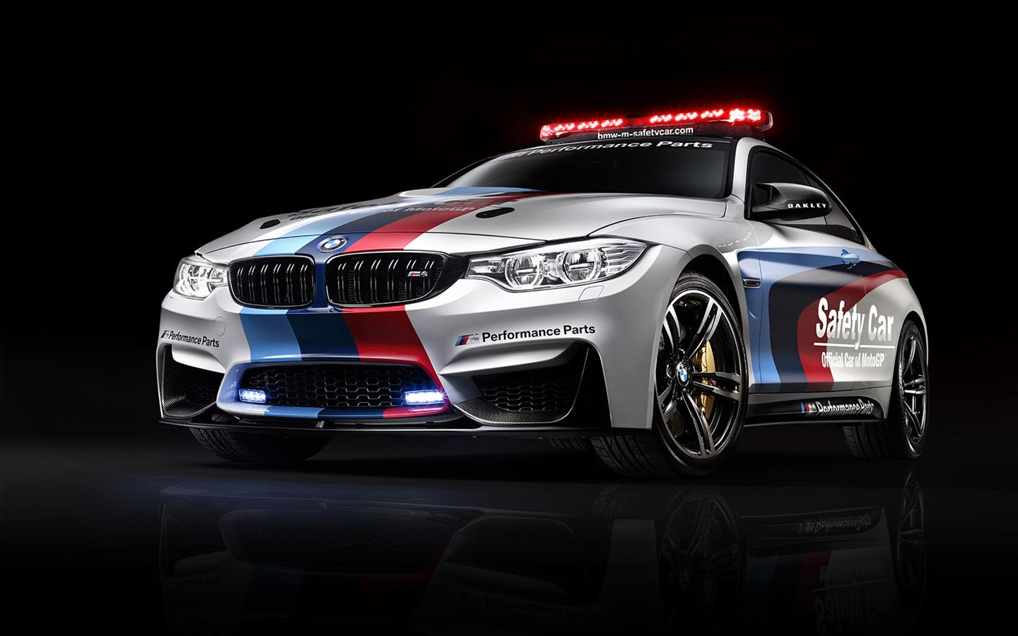 BMW M4 Coupe MotoGP Safety Car (With images) Bmw m4