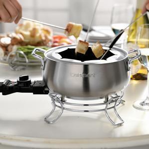 Sur La Table Cuisinart Electric Fondue Pot Http Www Seapai Product Aspx Pid 976532