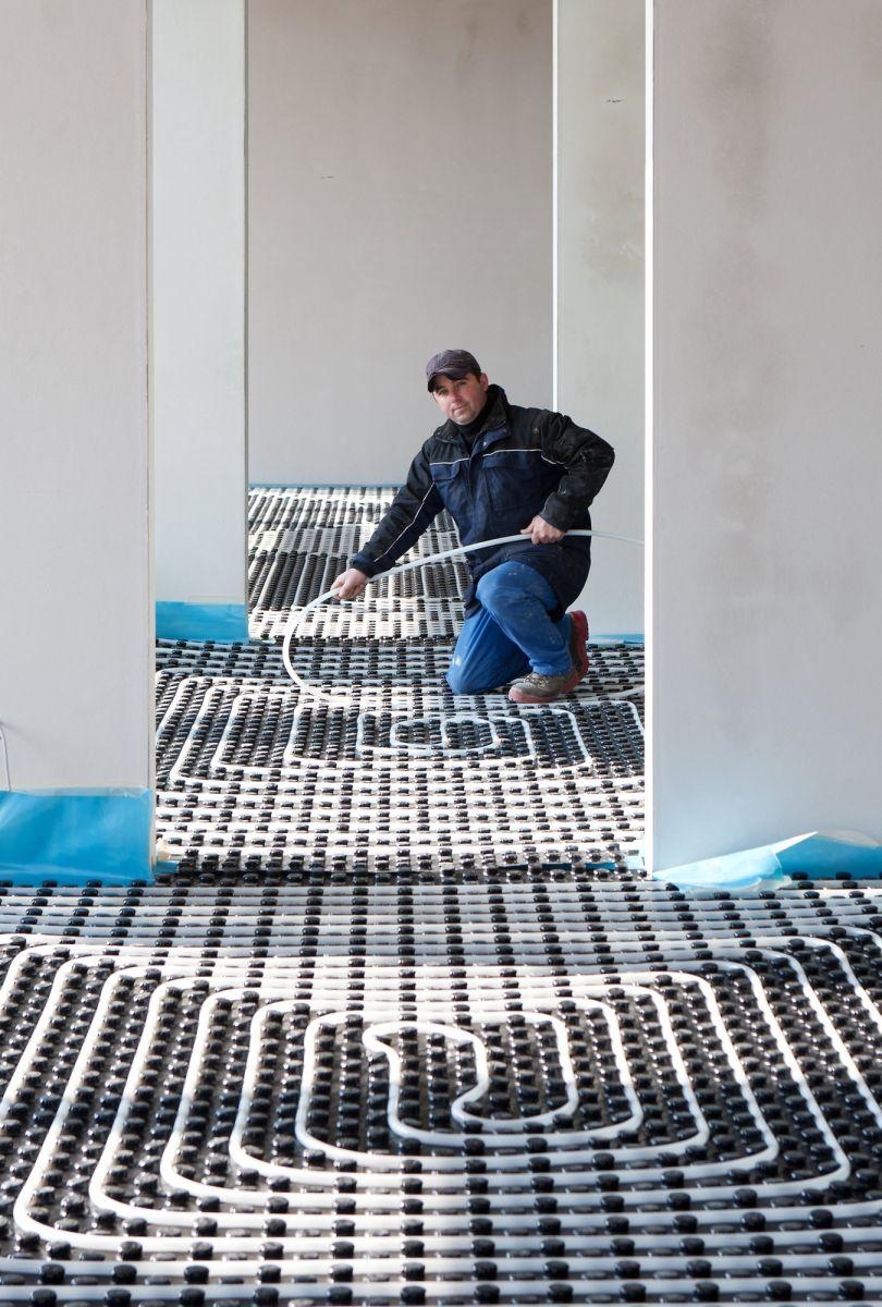 Vloerverwarming in opbouw | Woonkamer/uitbouw | Pinterest
