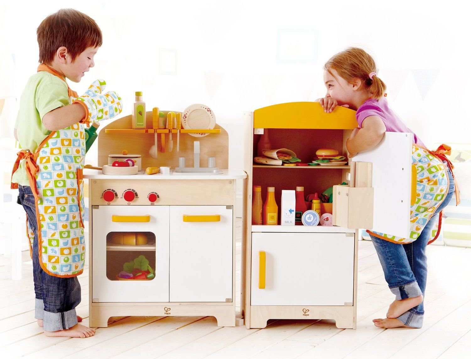 Hape Küchenzubehör ~ Amazon hape playfully delicious gourmet kitchen wooden