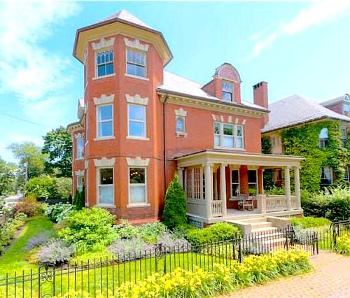 A Classic Colonial Revival & More Great Houses For Sale