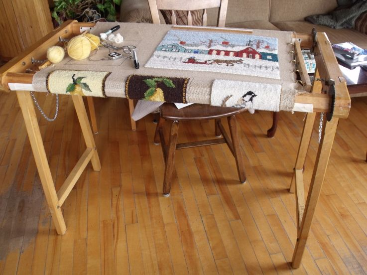 chticamp hooking frame my rug hooking