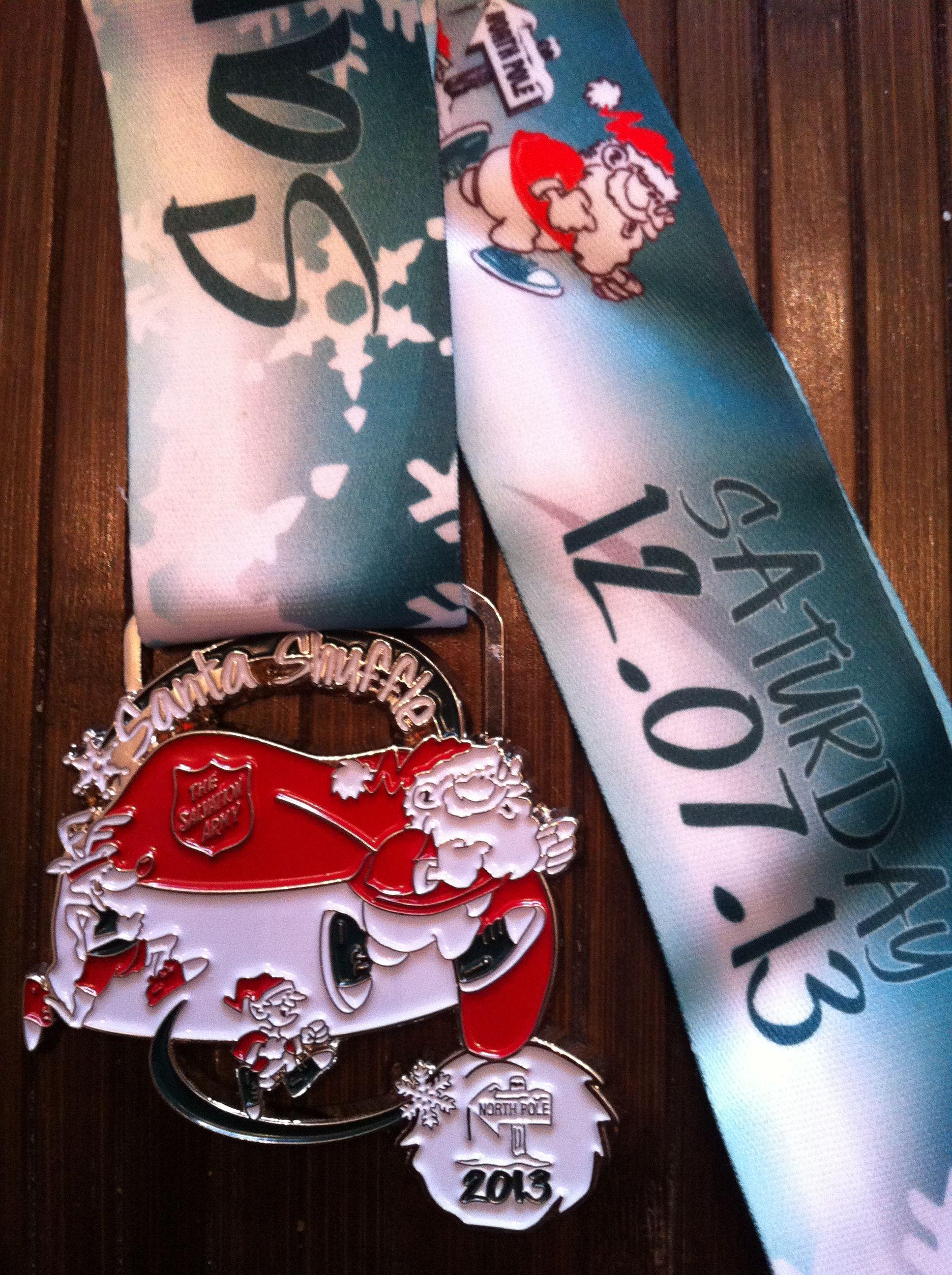 Santa Shuffle 2013 Race medal, Water bottle, Voss bottle