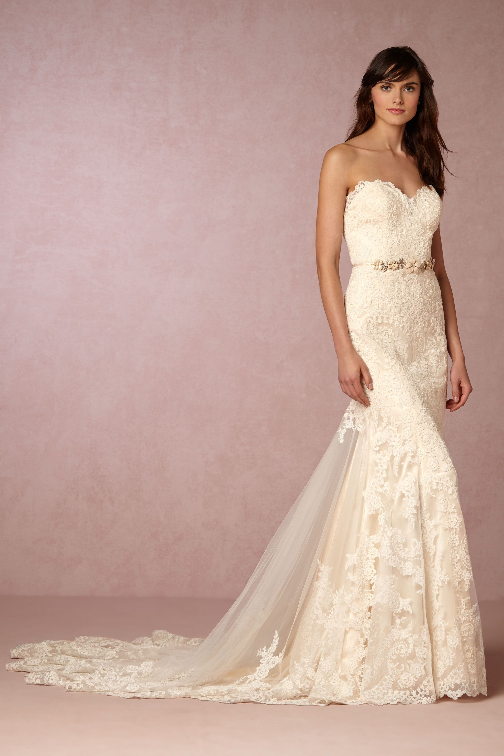 Leigh Gown from @BHLDN | Wedding Dress | Pinterest | Cortejo y Novios