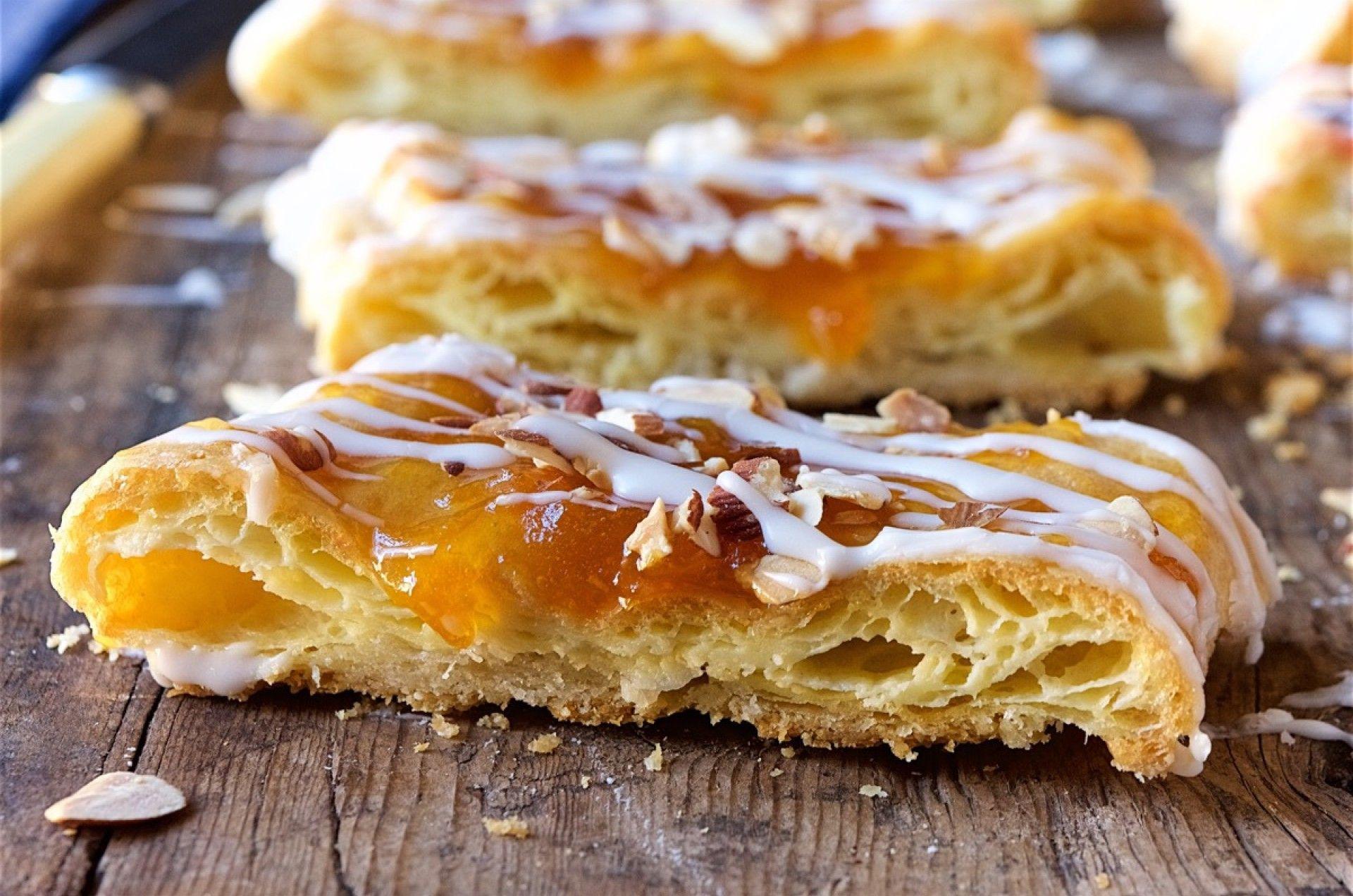 Almond Puff Loaf Bakealong King Arthur Flour Dessert