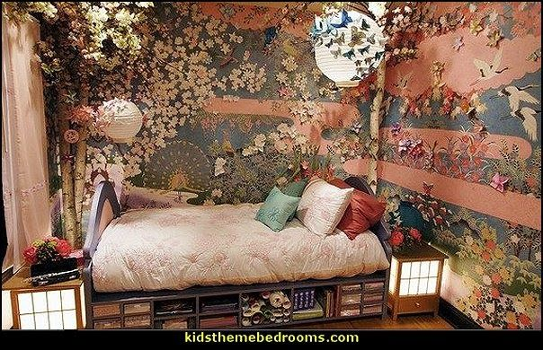 oriental themed bedroom that I\'d do in red, add some Victorian and ...