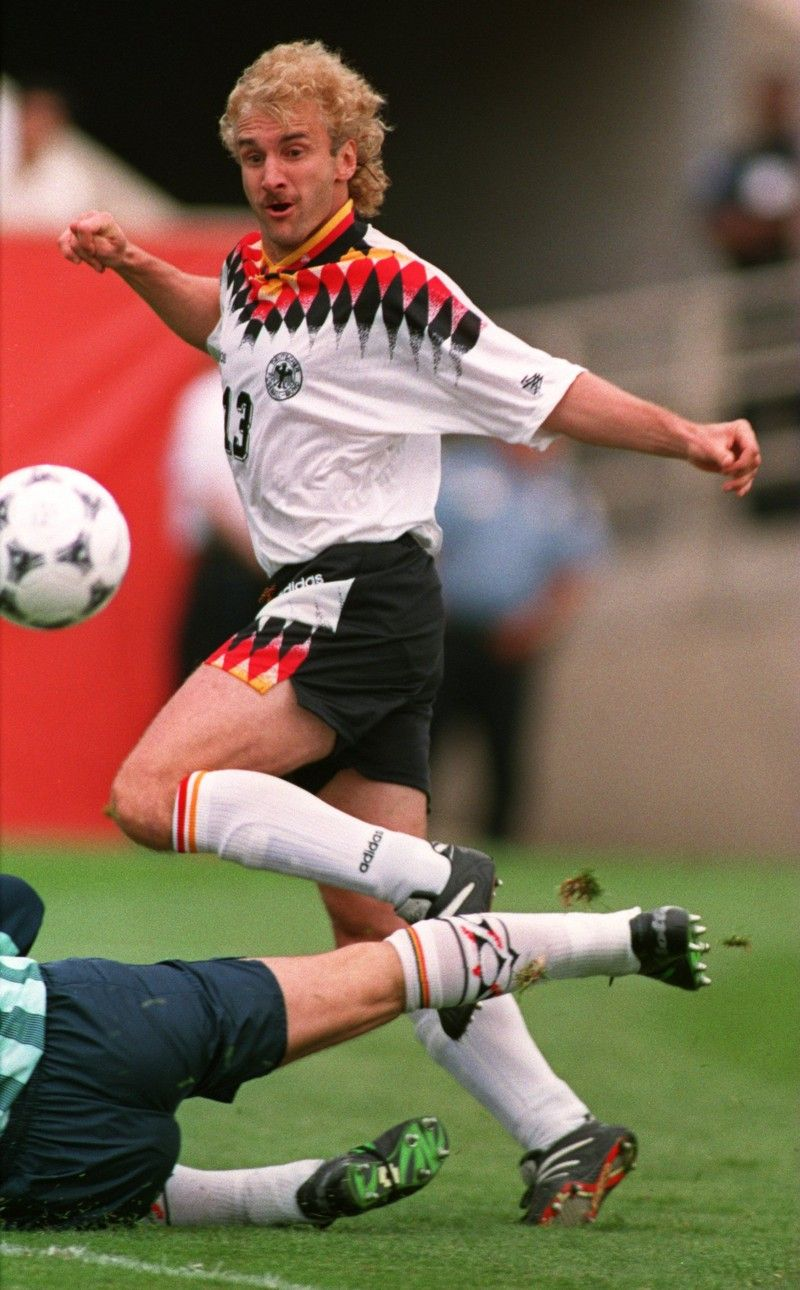 15 Deutsche Fussballlegenden Die Heute Noch Jeder Kennt Legende 9 Rudi Voller Deutsche Nationalmannschaft Lothar Matthaus Torschutzenkonig