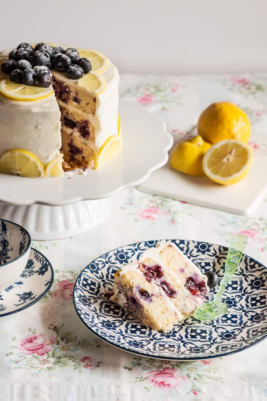 Layer cake de limón y arándanos   Torta de arandanos