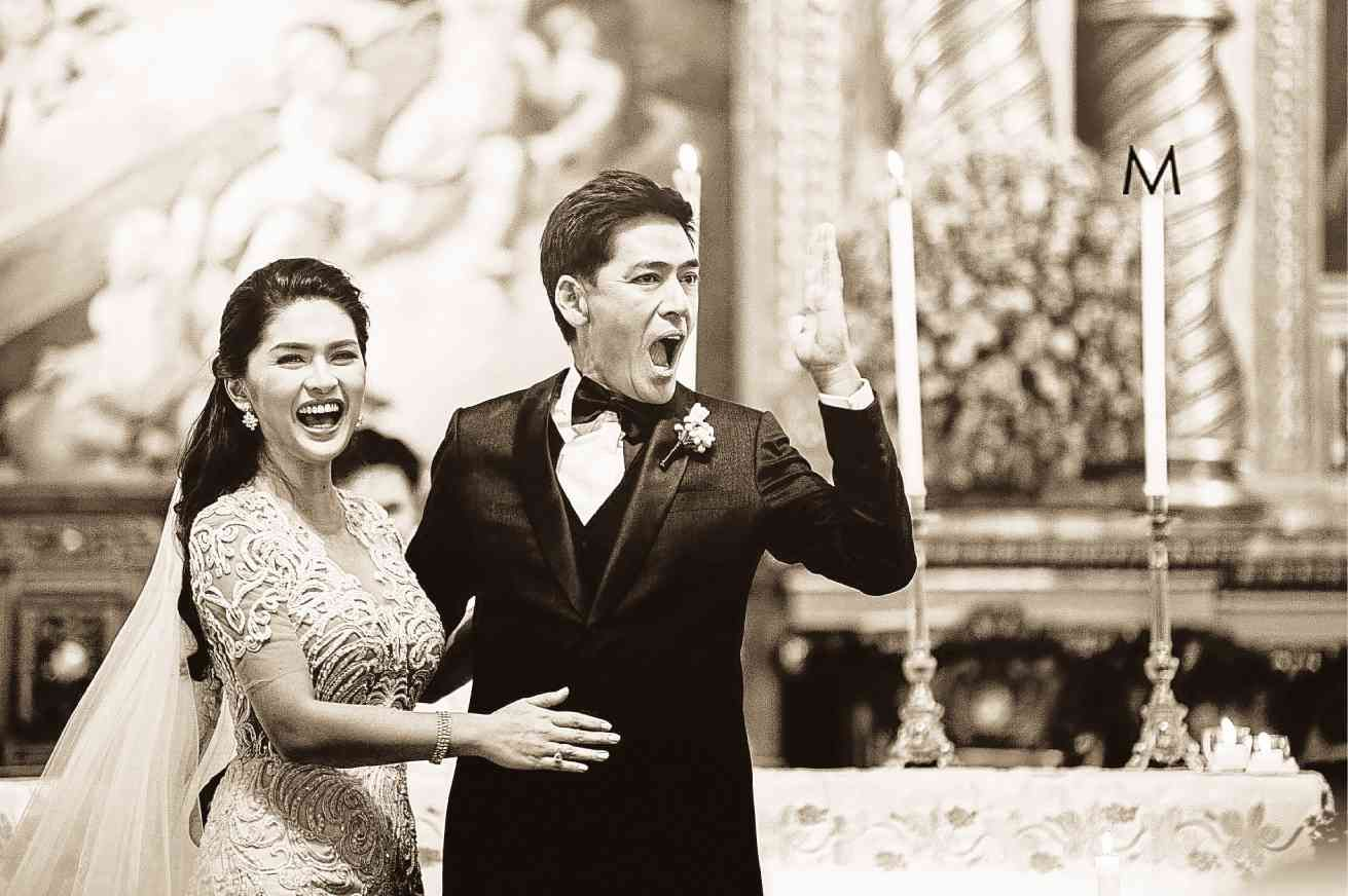 At The Wedding Of Philippine Celebrities Vic Sotto And Pauleen Luna Favors Made By Bc Fragrance Photo By Metrophot Celebrity Weddings Couple Photos Photo
