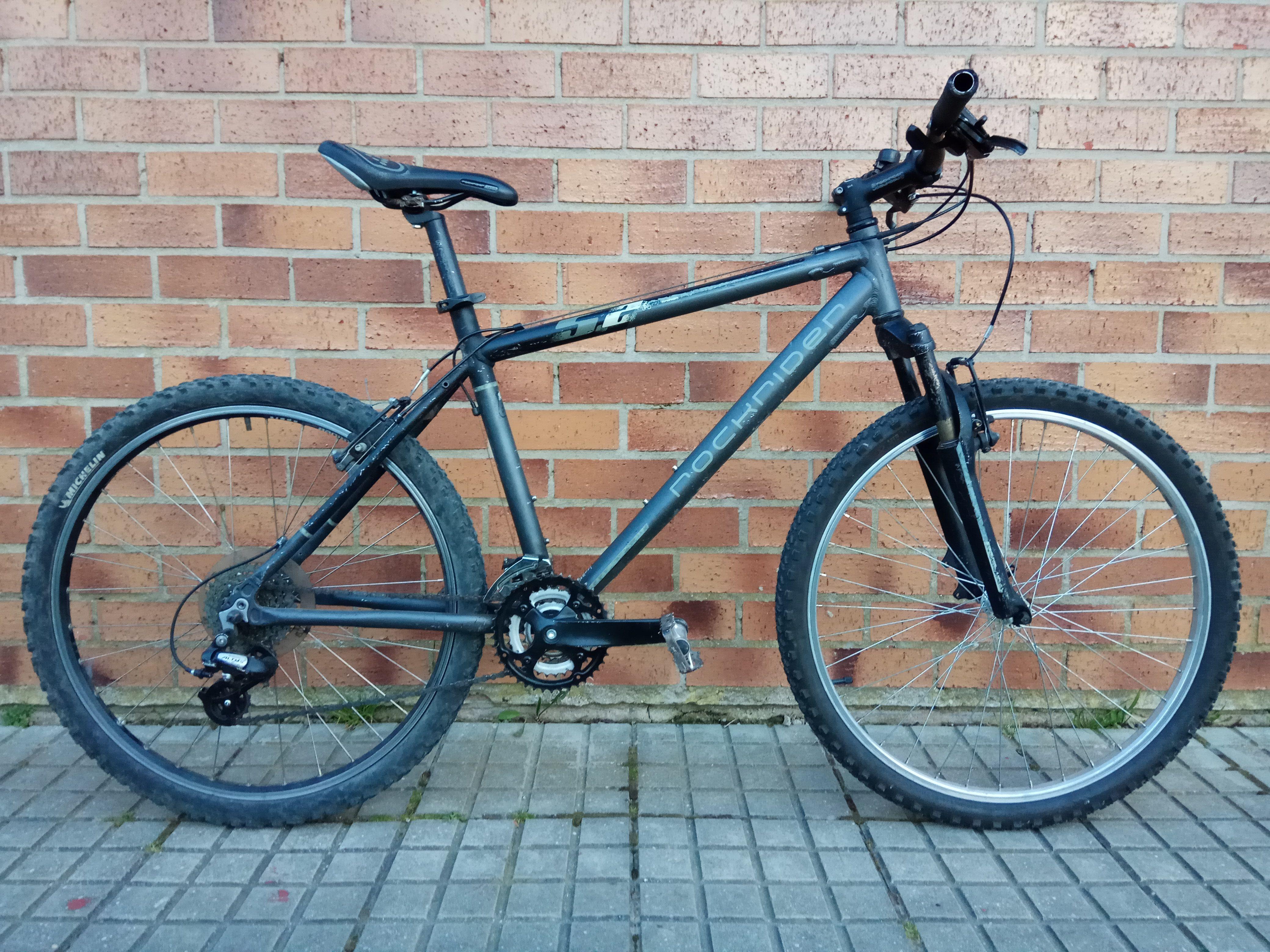 Bici de Aluminio, 24V y Amortiguador 110€ MARCA: Rockrider MODELO ...