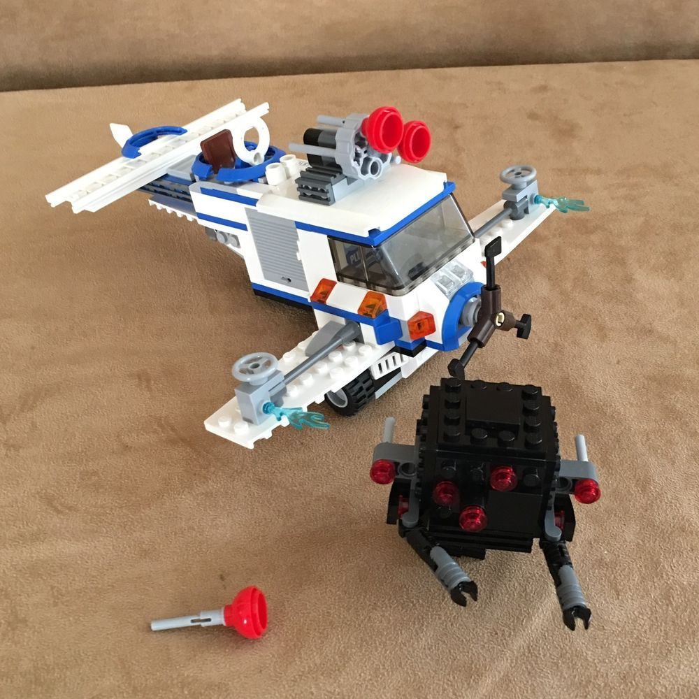70811 Lego The Lego Movie Ships Only The Flying Flusher Complete No Minifigs Lego Lego Movie Lego Minifig