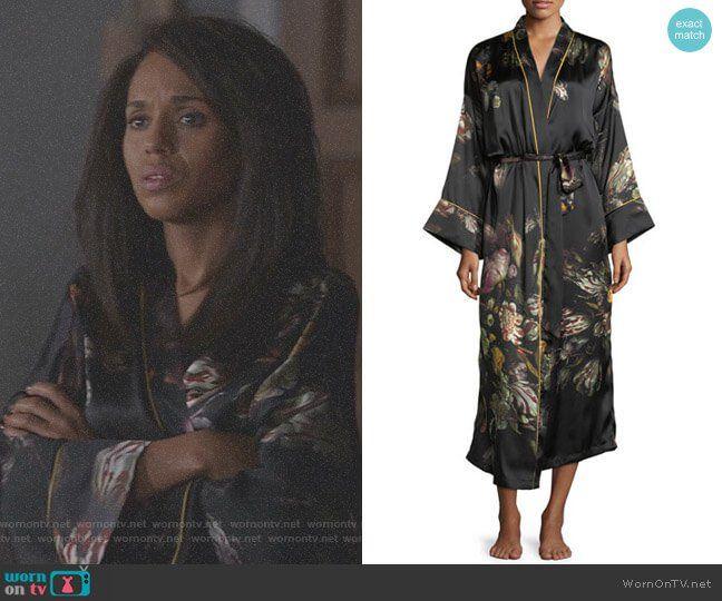 682e382835 Mellie s floral and zebra stripe robe on Scandal