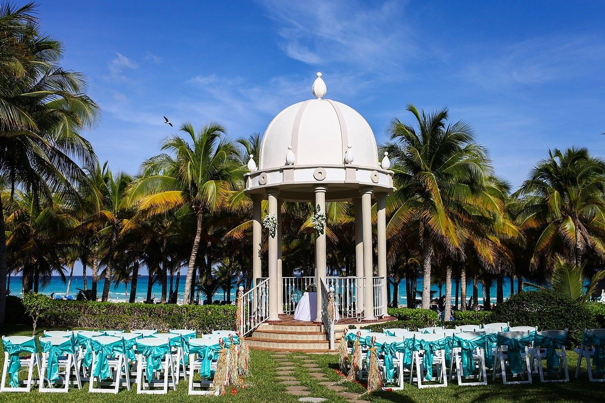 Destination Wedding At The Stunning Riu Palace Riviera Maya Beautiful Setting Mexico Photographers Del Sol Photography