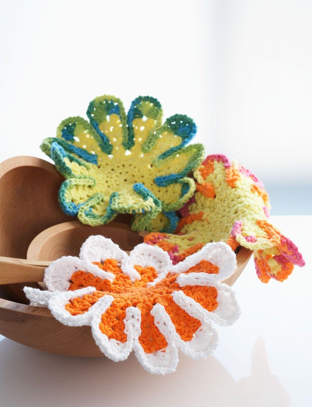 Yarnspirations.com - Bernat Chrysanthemum Dishcloth - Patterns   Y ...