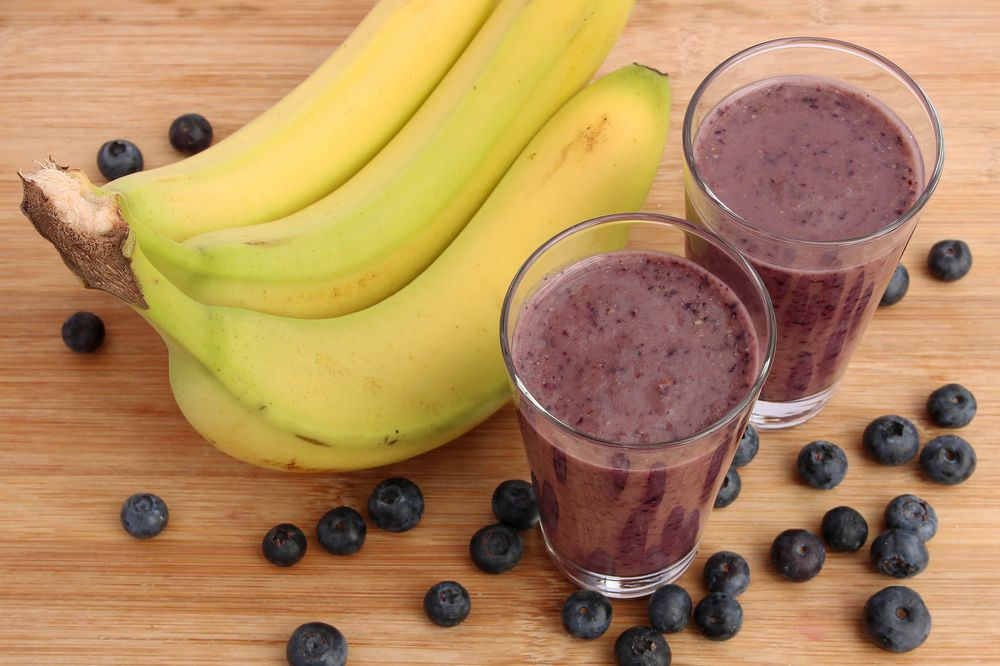 """Photo of """"Glass is Half Full"""" Detox Smoothie – barre3"""