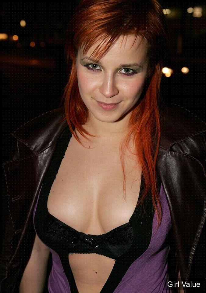 victoria koblenko hot dutch actress in purple
