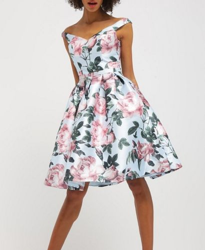 Chi Chi London Beatrice Sukienka Rozkloszowana W Kwiaty Multicolor Fashyou Pl Beautiful Dresses Floral Fashion Fashion