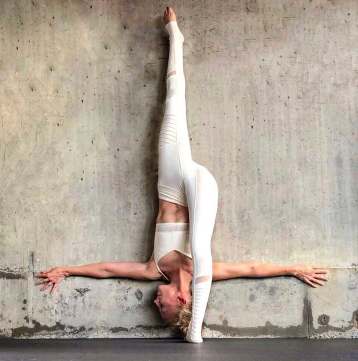 Alo Yoga | Yoga leggings,clothes, and accessories for studio to street