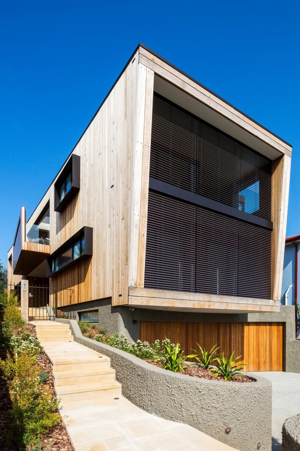 Contemporary three storey residence designed by ergo architecture interiors situated in sydney australia