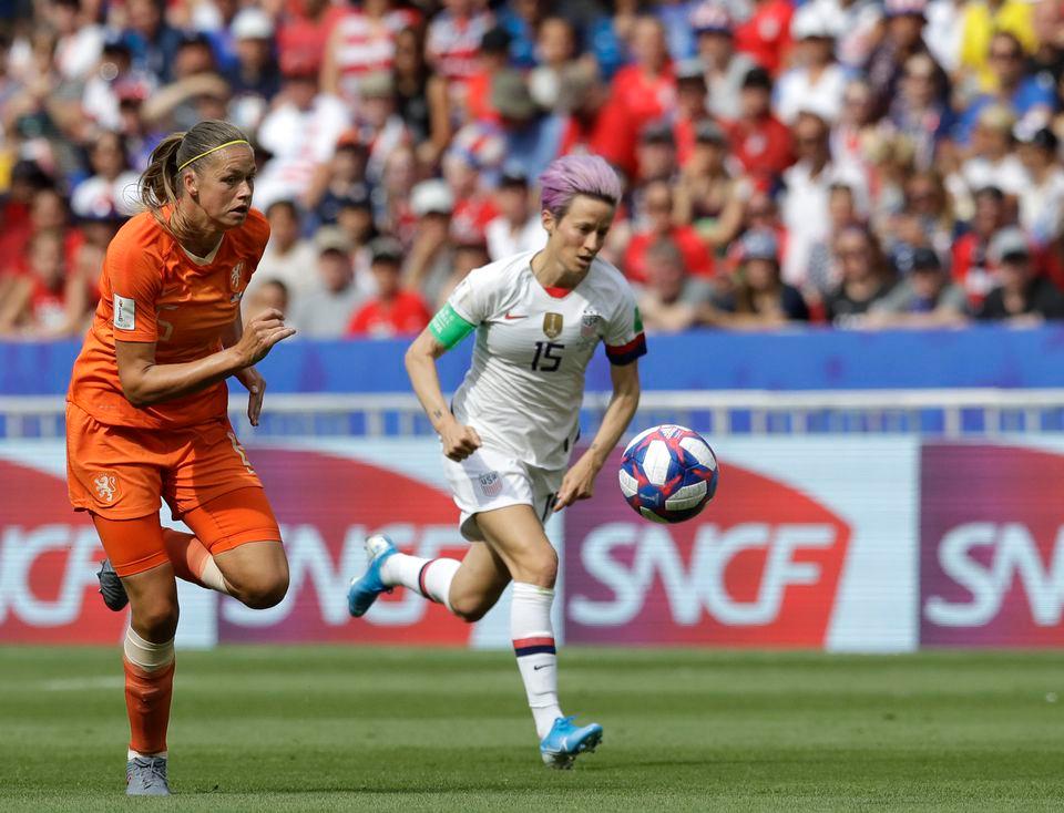 Women S World Cup Final 2019 Recap Usa S Megan Rapinoe Rose Lavelle Lead Uswnt Over Netherlands Megan Rapinoe World Cup Final Uswnt