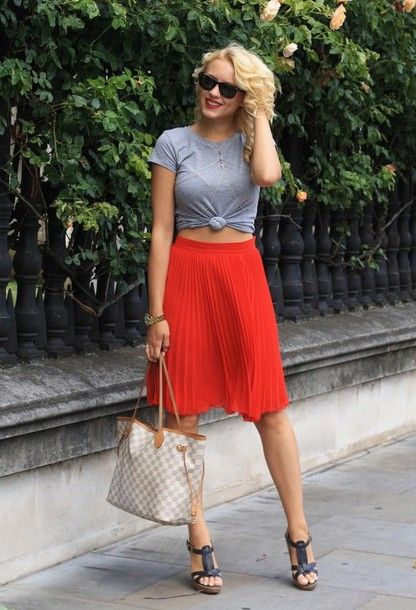 1d3aae8185 Red pleated skirt #skirt #redskirt #pleatedskirt | Skirts ♥ in 2019 ...