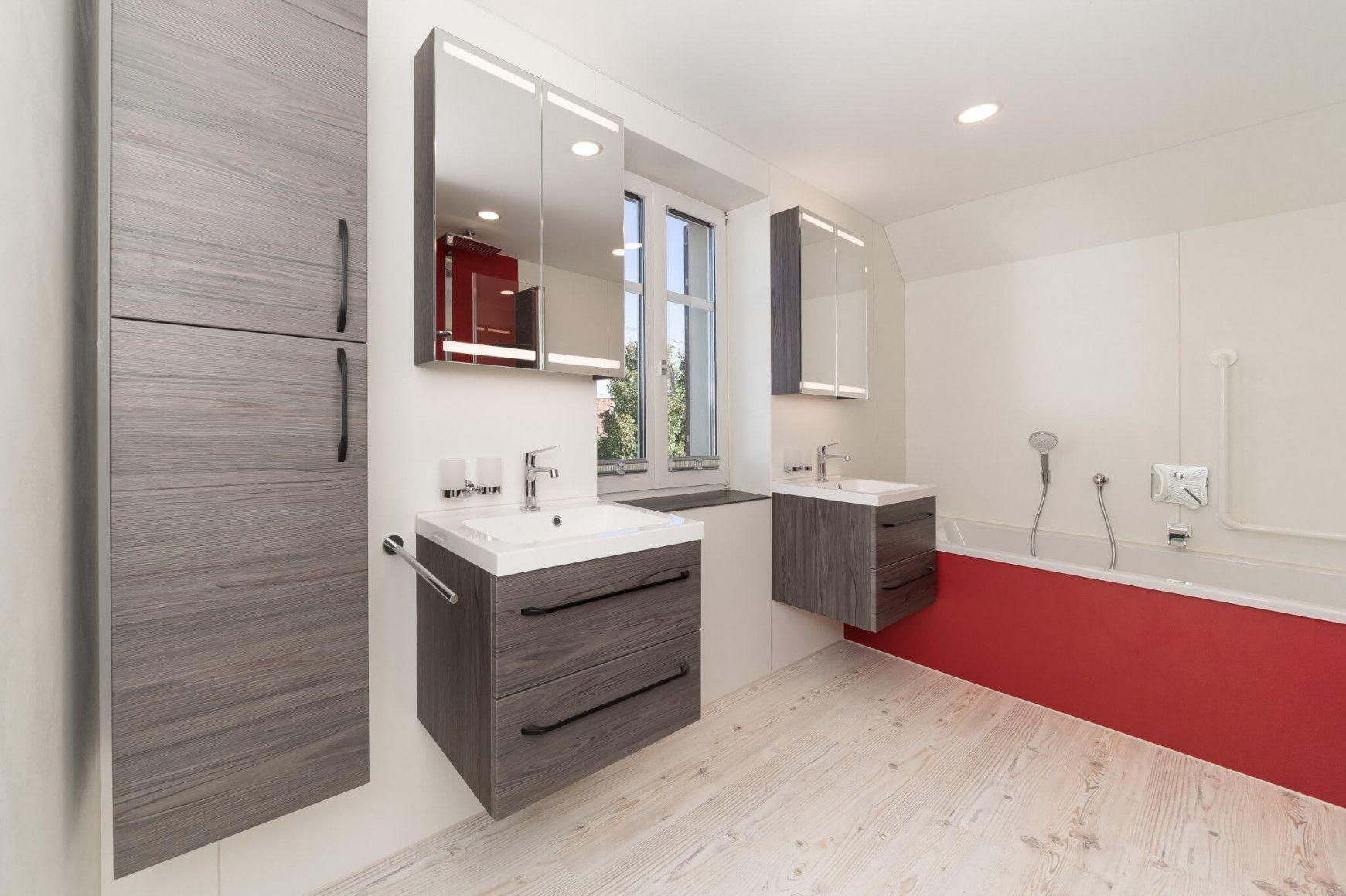 Badezimmer Ideen Badsanierung Badrenovierung Von Kleines Bad Renovieren Ideen Bild Kleines Bad Renovieren Badezimmer Beispiele Bad Renovieren