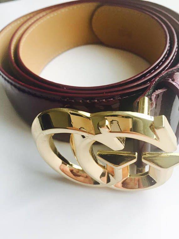 Authentique ceinture Gucci violet. Il s agit d une belle partie d une  ceinture genre. S adapte à 45 125. Il est parfait accessoiriser avec un  Jean ou ... 84911a50580