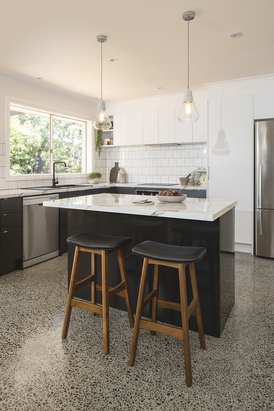 Check out this Calcutta Gloss laminate benchtop. For more ...