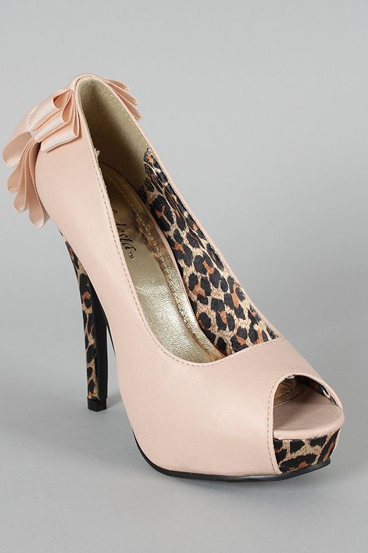 Bow Peep Toe Platform Pump