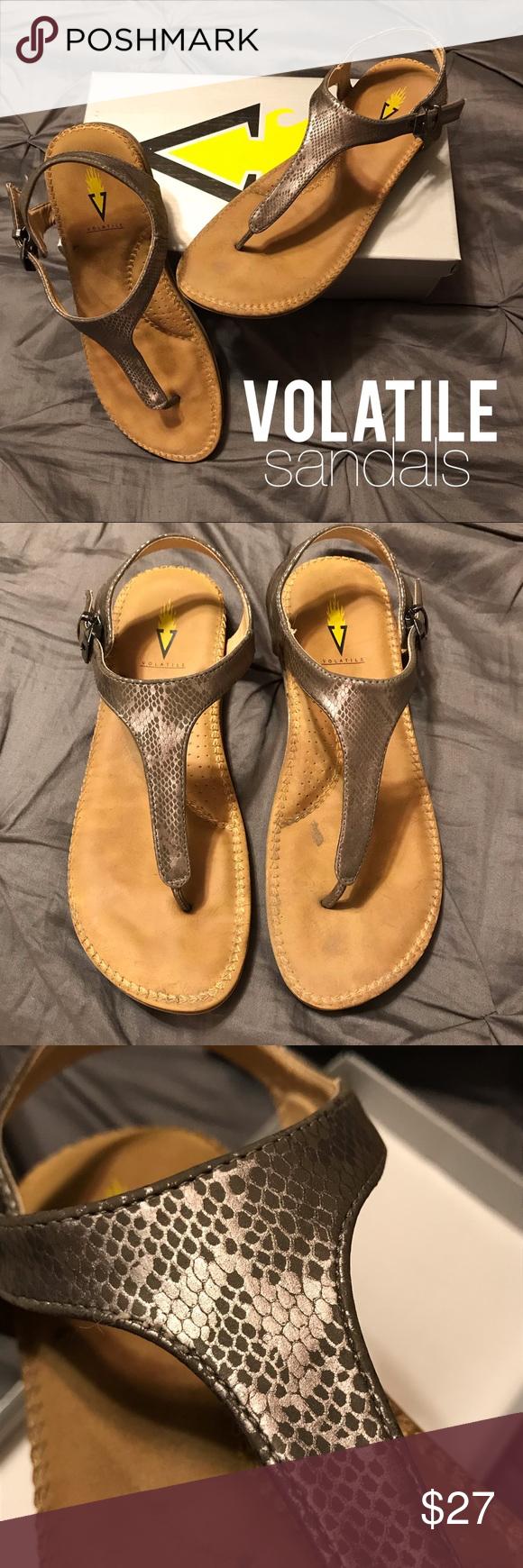 Volatile Reese Pewter Snakeskin Sandals Size 9 Volatile Reece Pewter
