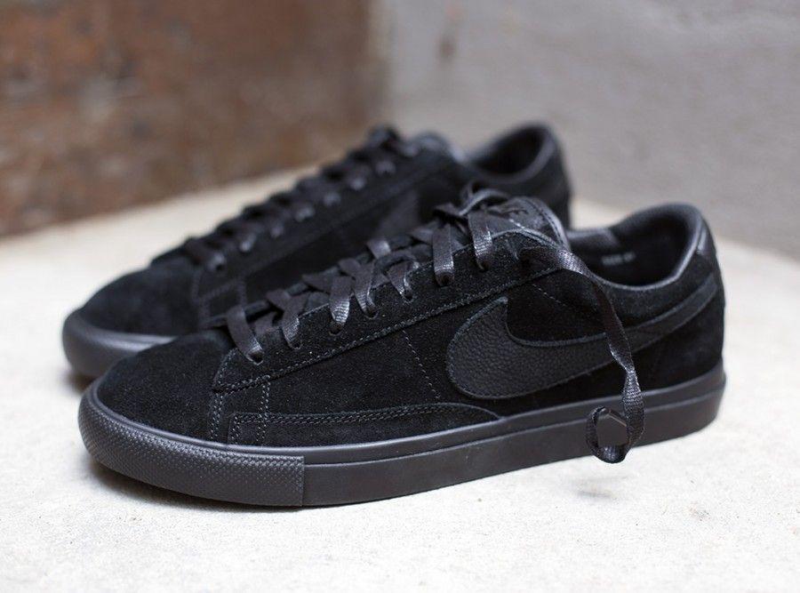 BLACK CDG x Nike Blazer Low