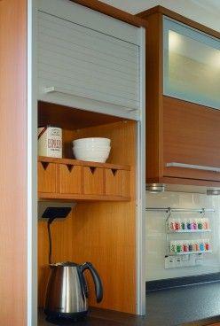 Rolladenschrank küche  Hübsche Inselküche aus Holz - Rollladenschrank | Home: Küche ...