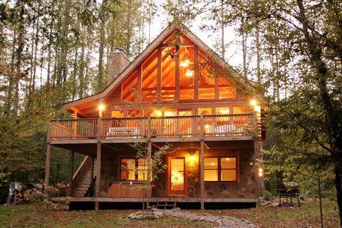Wondrous Amazing River Retreat Jackson Mountain Homes Gatlinburg Interior Design Ideas Grebswwsoteloinfo