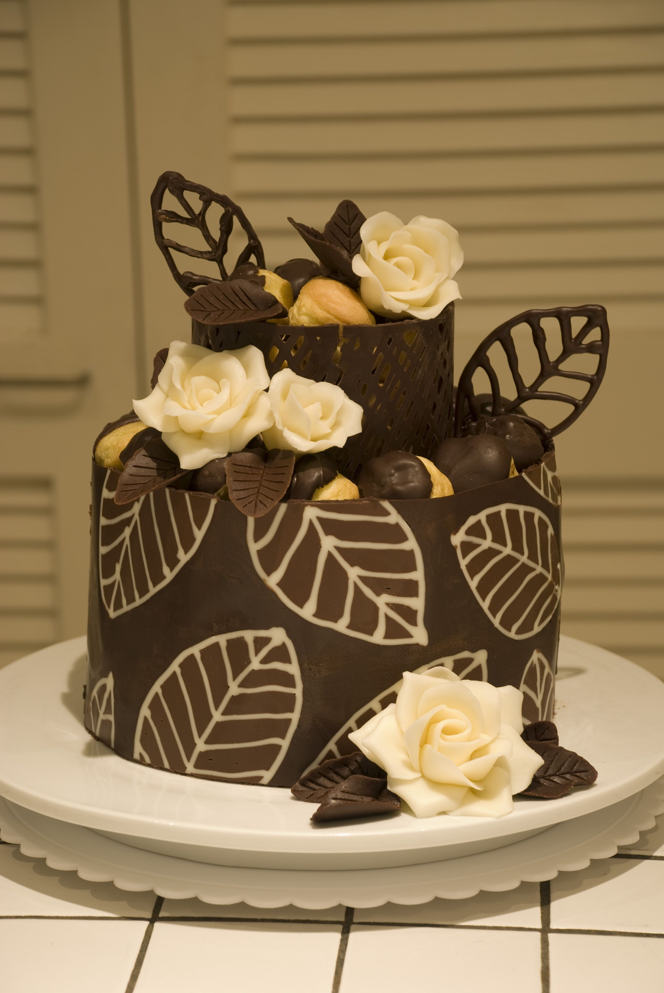 chocolate collar cake | Mother's Day Cake | Food art & inspiration ...