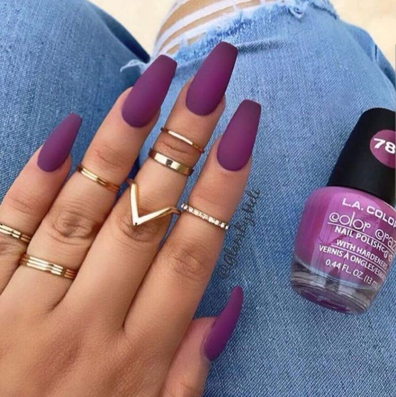 10 Tropical Nail Colors Perfect For Beach Season - Society19